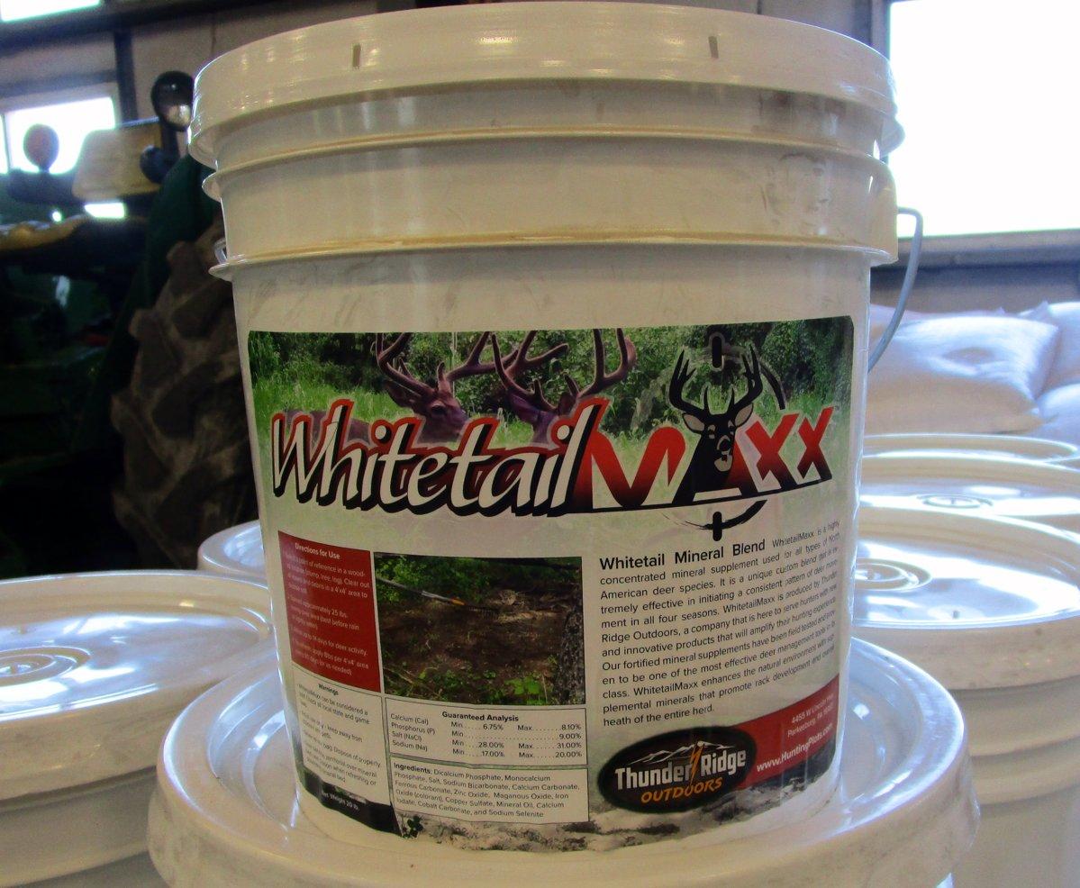 Whitetail Maxx mineral blend